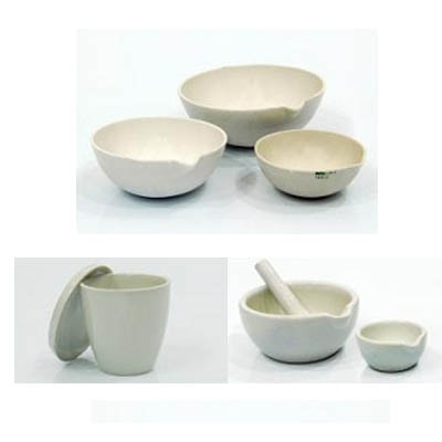 Porcelain mortar with pestle 130 mm dia.